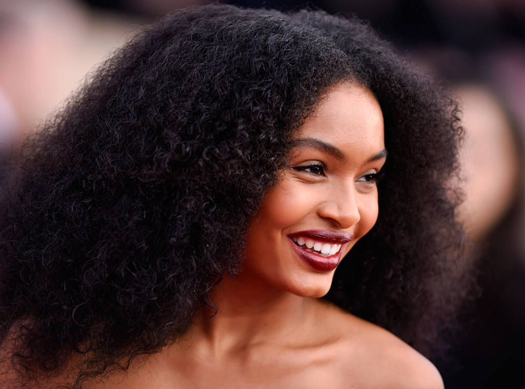 rs 1024x759 180121180722 1024 Yara Shahidi Best Beauty SAG Awards